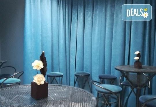 Детски рожден ден! Наем на зала 2 часа за парти, детски рожден ден с украса, парти музика, зала за възрастни и топли напитки в Детски център Пух и Прасчо в широкия център на София - Снимка 21