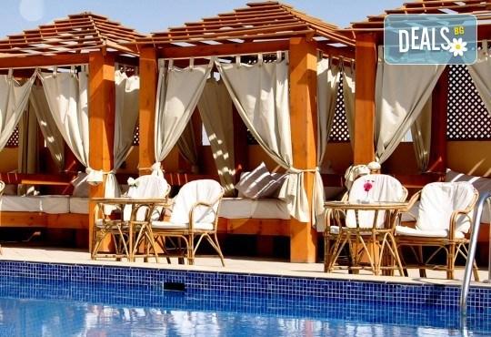 Есенна почивка в Египет! 6 нощувки в Lemon & Soul Garden Makadi 4* на база All Inclusive в Хургада и 1 нощувка със закуска в Barcelo Cairo Pyramids 4* в Кайро, самолетен билет и водач - Снимка 14