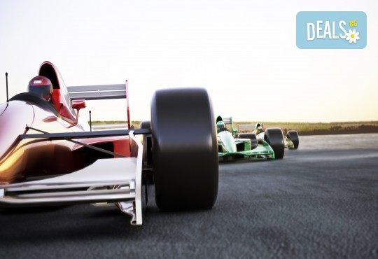 Гледайте Формула 1 през август в Будапеща! 2 нощувки със закуски, транспорт, водач и панорамна обиколка в Будапеща - Снимка 1