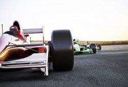Гледайте Формула 1 през август в Будапеща! 2 нощувки със закуски, транспорт, водач и панорамна обиколка в Будапеща - Снимка