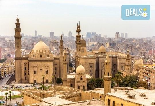 Почивка през октомври в Египет! 6 нощувки в Lemon & Soul Garden Makadi 4* на база All Inclusive в Хургада и 1 нощувка със закуска в Barcelo Cairo Pyramids 4* в Кайро, самолетен билет и водач - Снимка 4