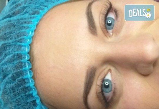 Красиви очи! Удължаване и сгъстяване на мигли по метода косъм по косъм в студио S Beauty! - Снимка 12