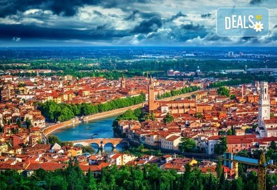 Екскурзия през октомври или декември до Верона и Венеция, с възможност за посещение на езерата Гарда, Комо и Маджоре! 3 нощувки със закуски, транспорт и екскурзовод - Снимка 7