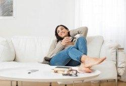 Професионално машинно изпиране и подсушаване на 6 седящи места на диван + 4 тапицирани стола от почистване КИМИ! - Снимка