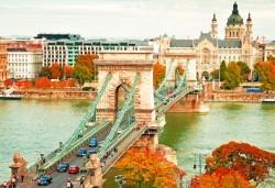 Есенна екскурзия до Будапеща, Виена и Братислава! 3 нощувки със закуски, комбиниран транспорт със самолет и автобус, екскурзовод - Снимка