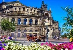 Екскурзия през септември до Прага, Дрезден, Виена, Братислава, Будапеща! 3 нощувки със закуски, транспорт с автобус и самолет, обиколка на Дрезден с екскурзовод - Снимка