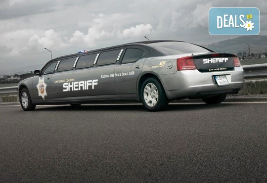 За моминско и ергенско парти! Луксозна холивудска лимузина Dodge Charger Interceptor SHERIFF с личен шофьор от San Diego Limousines - Снимка 1