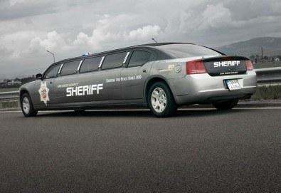За моминско и ергенско парти! Луксозна холивудска лимузина Dodge Charger Interceptor SHERIFF с личен шофьор от San Diego Limousines - Снимка