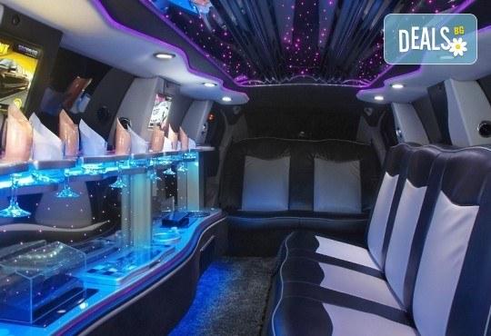 За моминско и ергенско парти! Луксозна холивудска лимузина Dodge Charger Interceptor SHERIFF с личен шофьор от San Diego Limousines - Снимка 4
