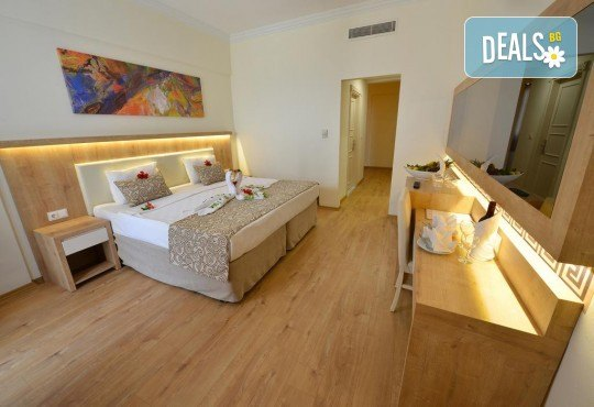 Почивка в края на лятото в Cesars Resort 5* в Сиде! 7 нощувки на база Ultra All Inclusive, възможност за транспорт - Снимка 5
