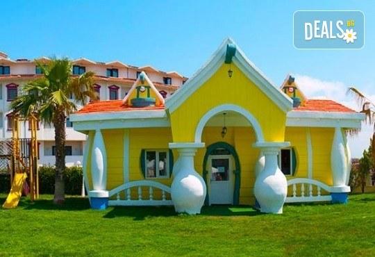 Почивка в края на лятото в Cesars Resort 5* в Сиде! 7 нощувки на база Ultra All Inclusive, възможност за транспорт - Снимка 10