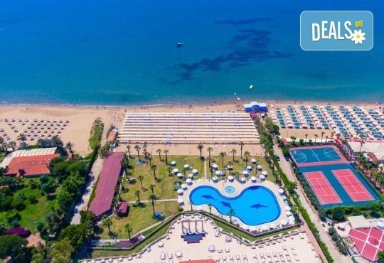 Почивка в края на лятото в Cesars Resort 5* в Сиде! 7 нощувки на база Ultra All Inclusive, възможност за транспорт - Снимка 2