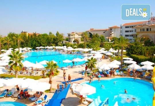 Почивка в края на лятото в Cesars Resort 5* в Сиде! 7 нощувки на база Ultra All Inclusive, възможност за транспорт - Снимка 12