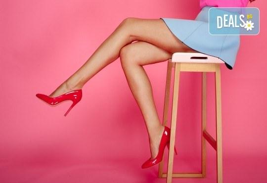 Гладка кожа с лазерна епилация на цели крака за жени, която може да се прави и през лятото! 1, 3 или 5 процедури, в салон за лазерна епилация MJ Aesthetic! - Снимка 1