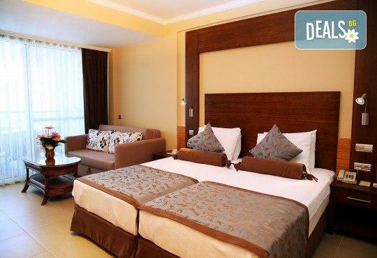Почивка през септември в хотел Delta Beach Resort 5*, Бодрум! 7 нощувки All Inclusive Plus, транспорт с автобус от София, Пловдив, Варна, Бургас - Снимка 3