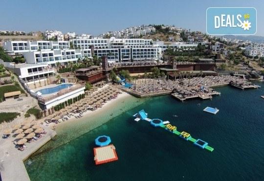 Почивка през септември в хотел Delta Beach Resort 5*, Бодрум! 7 нощувки All Inclusive Plus, транспорт с автобус от София, Пловдив, Варна, Бургас - Снимка 18