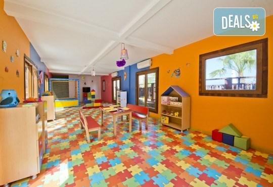 Почивка през септември в хотел Delta Beach Resort 5*, Бодрум! 7 нощувки All Inclusive Plus, транспорт с автобус от София, Пловдив, Варна, Бургас - Снимка 10