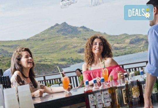 Почивка през септември в хотел Delta Beach Resort 5*, Бодрум! 7 нощувки All Inclusive Plus, транспорт с автобус от София, Пловдив, Варна, Бургас - Снимка 15