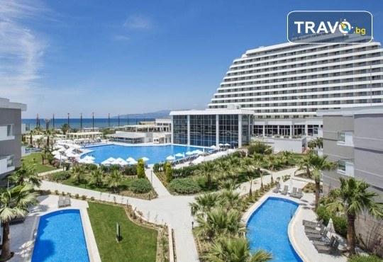 Почивка през септември и октомври в Palm Wings Ephesus Beach Resort & SPA 5*, Кушадасъ! 7 нощувки Ultra All Inclusive, транспорт с автобус - Снимка 1