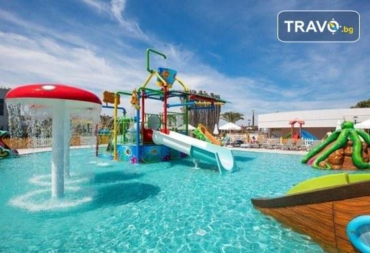Почивка през септември и октомври в Palm Wings Ephesus Beach Resort & SPA 5*, Кушадасъ! 7 нощувки Ultra All Inclusive, транспорт с автобус - Снимка 16