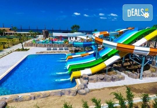 Почивка през септември и октомври в Palm Wings Ephesus Beach Resort & SPA 5*, Кушадасъ! 7 нощувки Ultra All Inclusive, транспорт с автобус - Снимка 3