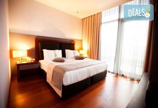 Септемврийски празници в Истанбул! 2 нощувки със закуски в Holiday Inn 4*, транспорт, екскурзовод и посещение на Одрин - Снимка 9