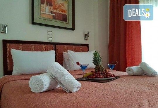 Мини почивка за Септемврийските празници в Пефкохори! 3 нощувки със закуски и вечери, транспорт и посещение на Солун - Снимка 10