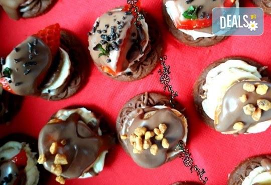 30 броя мини бисквитени тортички с лимонов крем и ягодово сладко от My Style Event! - Снимка 3