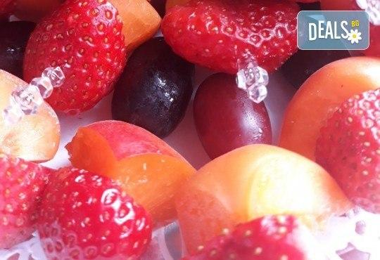 Свежо лятно предложение! 30 броя плодови шишчета в кутия от My Style Event! - Снимка 3