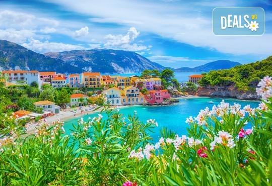 Мини почивка на Йонийското крайбрежие на Гърция! 3 нощувки със закуски и вечери в хотел 3* в Превеза, транспорт и възможност за целодневен круиз - Снимка 9