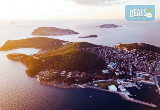 Екскурзия през септември до Истанбул! 2 нощувки със закуски, транспорт и бонус: посещение на Принцовите острови - Снимка 1