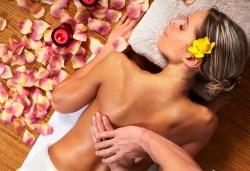 Подарък за любимата! 80 минути релакс с масло от роза: нежен пилинг, арома масаж на цяло тяло, маска за лице в Спа център Senses Massage & Recreation! - Снимка