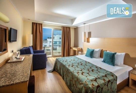 Почивка през октомври в Sealight Resort Hotel 5*, Кушадасъ! 7 нощувки на база Ultra All Inclusive, възможност за транспорт - Снимка 3