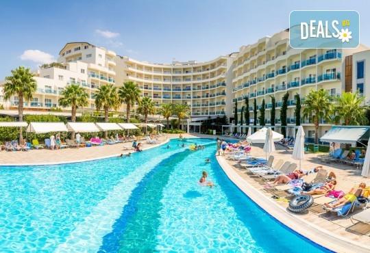 Почивка през октомври в Sealight Resort Hotel 5*, Кушадасъ! 7 нощувки на база Ultra All Inclusive, възможност за транспорт - Снимка 1