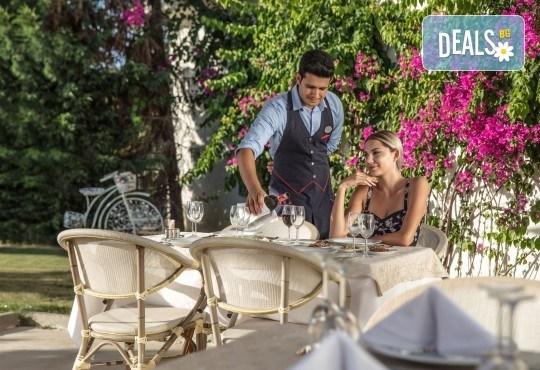 Почивка през октомври в Sealight Resort Hotel 5*, Кушадасъ! 7 нощувки на база Ultra All Inclusive, възможност за транспорт - Снимка 7