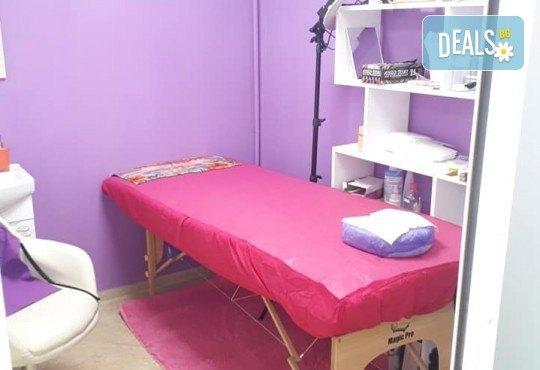Изграждане на ноктопластика с удължители или гел и дълготраен маникюр с гел лак в NSB Beauty Center! - Снимка 11