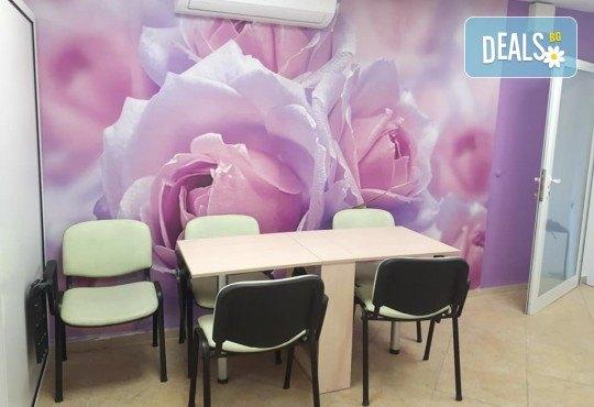 Изграждане на ноктопластика с удължители или гел и дълготраен маникюр с гел лак в NSB Beauty Center! - Снимка 7