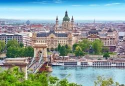 Самолетна екскурзия до Будапеща на дата по избор със Z Tour! 3 нощувки със закуски в хотел 3*, билет, летищни такси и трансфери! - Снимка