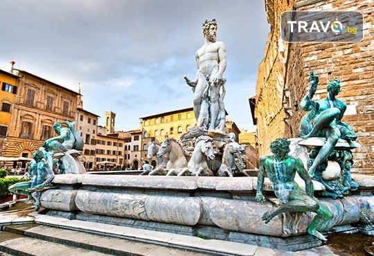 Магия преди Коледа в Италия и Хърватия! 4 нощувки със закуски, транспорт, водач, посещение на Загреб, Венеция, Милано, Пиза, Падуа и Флоренция - Снимка 6