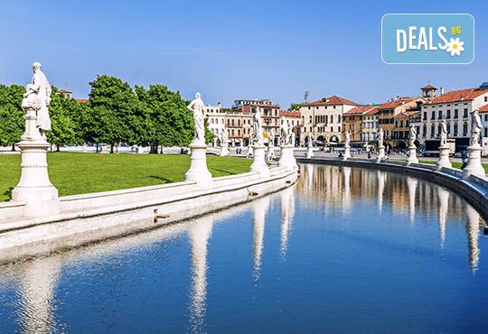 Предколедна екскурзия до Италия и Хърватия! 4 нощувки със закуски, транспорт, водач, посещение на Загреб, Венеция, Милано, Пиза, Падуа и Флоренция - Снимка 10