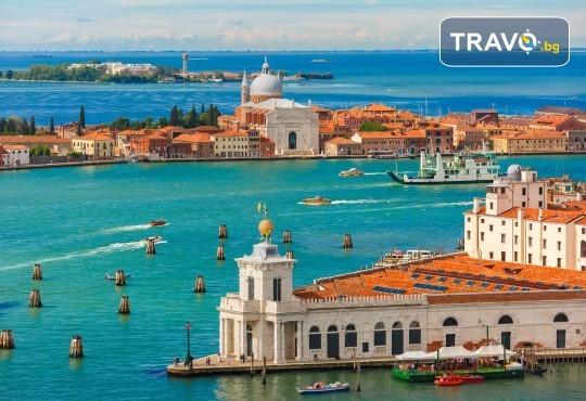Магия преди Коледа в Италия и Хърватия! 4 нощувки със закуски, транспорт, водач, посещение на Загреб, Венеция, Милано, Пиза, Падуа и Флоренция - Снимка 9