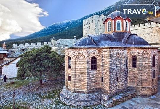 Очарователна Гърция и през есента! 2 нощувки в Ставрос, транспорт, водач, посещение на Уранополис и възможност за круиз около Атон - Снимка 4
