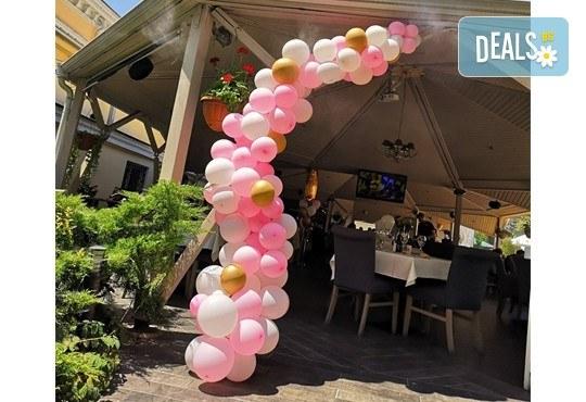 За Вашия специален повод! Елегантен водопад от балони + безплатна доставка и монтаж от Мечти от балони! - Снимка 5