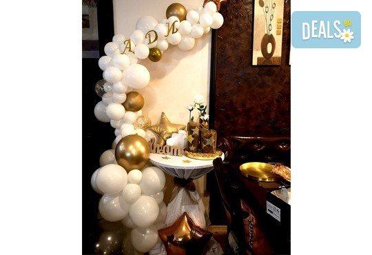 За Вашия специален повод! Елегантен водопад от балони + безплатна доставка и монтаж от Мечти от балони! - Снимка 2