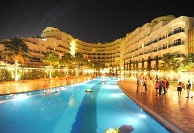 Ранни записвания за Нова година в Sealight Resort Hotel 5*, Кушадасъ, Турция! 3 или 4 нощувки на база All Inclusive и празнична гала вечеря! - Снимка