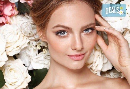 С грижа за Вашата кожа! Почистване на лице с ултразвукова шпатула, по желание в комбинация с антиакне терапия в Anima Beauty&Relax - Снимка 2