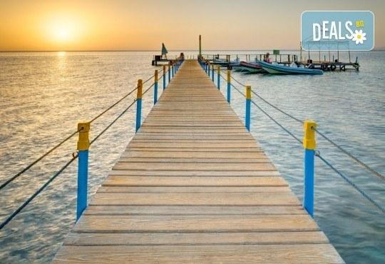 Почивка през есента в Aurora Oriental Resort 5*, Шарм ел Шейх, Египет! 7 нощувки на база All Inclusive, самолетен билет, летищни такси и трансфери - Снимка 7