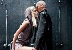 Гледайте комедията Килър Джо с Малин Кръстев на 8-ми октомври (вторник) в Малък градски театър Зад канала! - Снимка