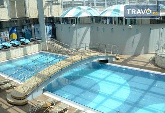 Нова година 2020 в Истанбул! 3 нощувки със закуски в Pullman Istanbul Hotel & Convention Center 5*, басейн, сауна, Празнична вечеря и транспорт - Снимка 10