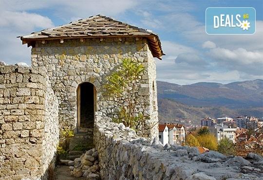 Last minute! СПА уикенд за 22 септември в Пролом баня, Сърбия! 2 нощувки със закуски, транспорт, ползване на минерален басейн и посещение на Пирот - Снимка 3
